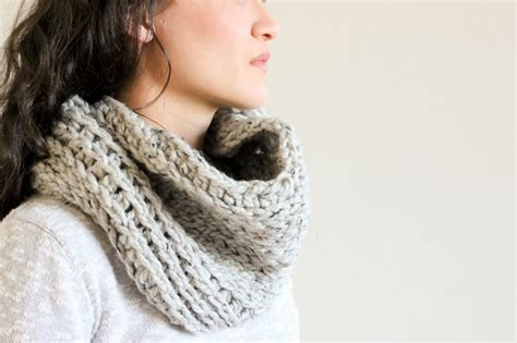 crochet or knit which is easier free pattern this luxurious knit like crochet cowl is