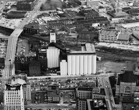 rubber st stores file quaker oats factory akron jpg wikimedia commons