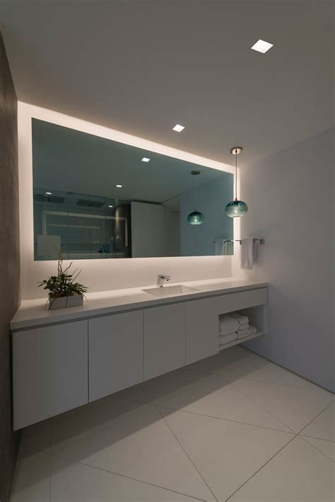 bathroom mirrors led lights best 25 modern bathroom lighting ideas on