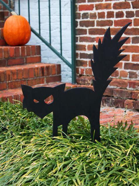 ideas black cat black cat outdoor decoration hgtv