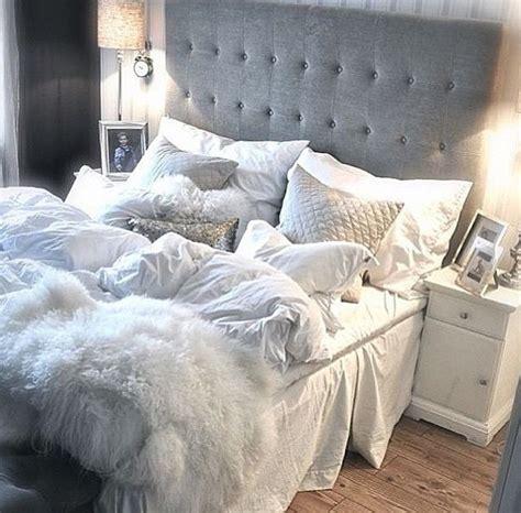 white and gray bedroom gray white bedroom http www homedecoz home