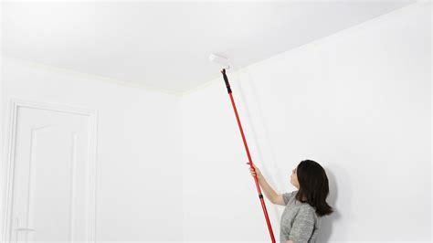 comment peindre un plafond facilement peintures de couleurs pour les int 233 rieurs et les