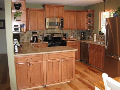 how to clean maple kitchen cabinets how to clean maple cabinets bar cabinet