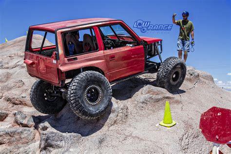 Suzuki Sidekick Road Parts by Suzuki Sidekick Rock Crawling In Competition Suzuki