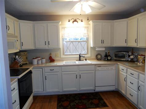 Painted Old Kitchen Cabinets painting old kitchen cabinets