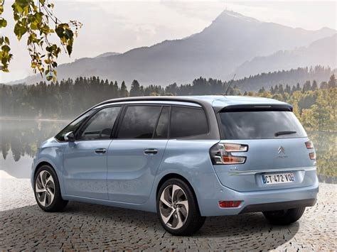 citroen grand c4 picasso 2014 car wallpaper 03 of 18 diesel station