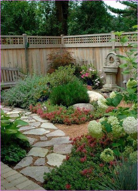 friendly backyard landscaping friendly small backyard landscape ideas home design