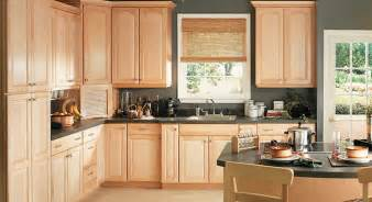 paint color for kitchen with maple cabinets best paint color for kitchen with light maple cabinets
