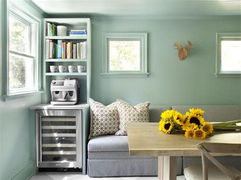 paint colors used on hgtv 10 tips for picking paint colors hgtv