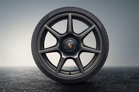 Porsche Carbon Fiber Wheels by Porsche Built 18 000 Carbon Wheels For The 911 Roadshow
