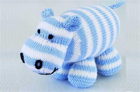 free knitting patterns uk 25 best ideas about knitting patterns uk on
