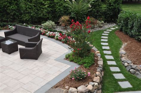 small backyard landscape design ideas 15 beautiful small backyard landscaping ideas borst