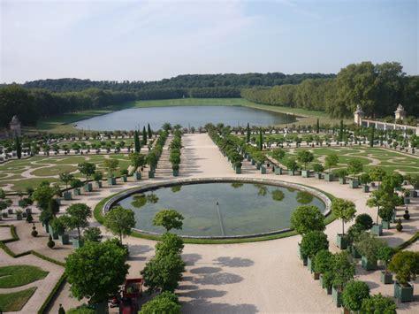 Der Garten Versailles by Versailles Einmal Asymmetrisch Schr 228 Ge T 246 Ne Aus