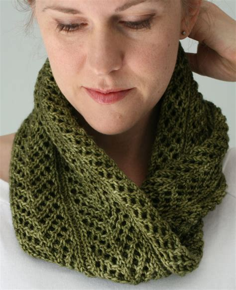 knit cowl four row repeat knitting patterns in the loop knitting