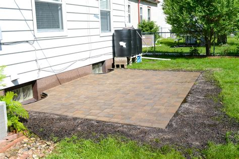 how to build a patio with pavers how to build paver patio how to build a paver patio on a