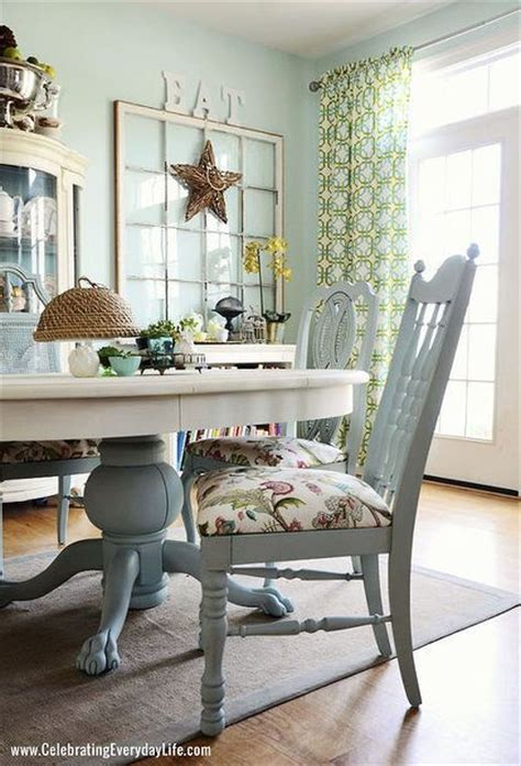 painting a dining room table best 25 chalk paint table ideas on chalk