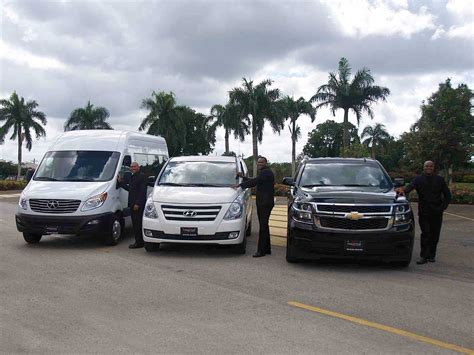 Limo Airport Transfer by Airport Limo Transfers And Shuttles Services Prestige