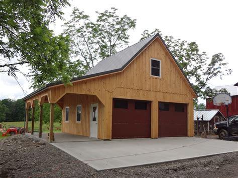 Barn Style custom built barn style garage