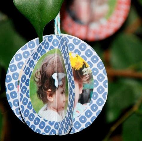 how to make photo ornaments 24 unique ornaments to make craft paper