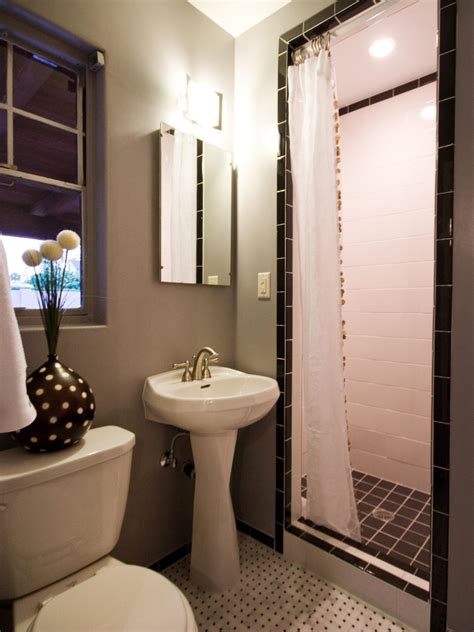 modern traditional bathrooms traditional bathroom designs pictures ideas from hgtv
