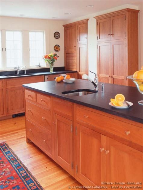 paint colors for kitchen with wood cabinets light wood floors and kitchen cabinets paint colors with