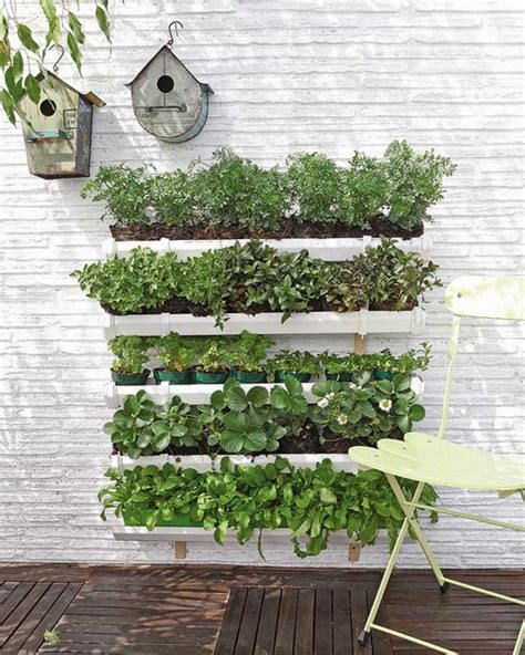 how to make a wall garden how to build a pallet vertical garden and a diy plastic