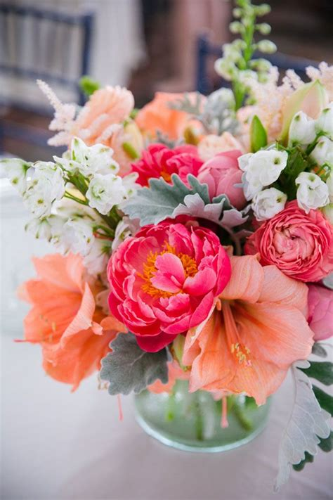 flower ideas 25 best ideas about tropical wedding centerpieces on