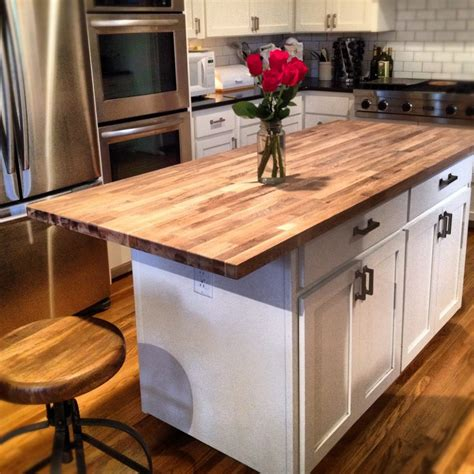 kitchen island butcher block tops best 25 butcher block kitchen ideas on