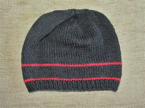 basic knit hat pattern the yarn cafe free basic hat knitting pattern