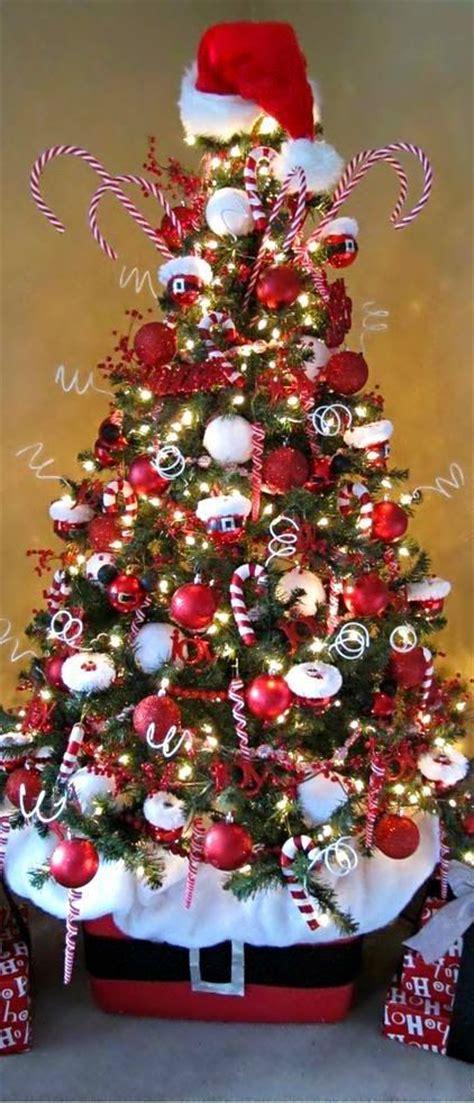 santa themed trees 55 beautiful tree topper ideas