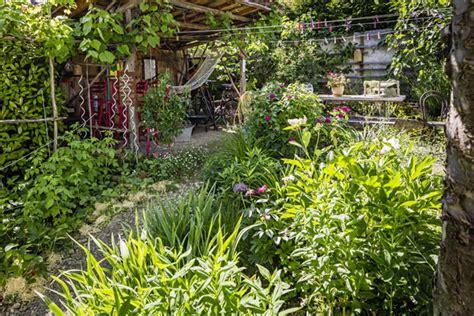 Der Garten Und Seine Jahreszeiten by G 228 Rten Des Jahres Grimm F 252 R Garten Naturpools Und