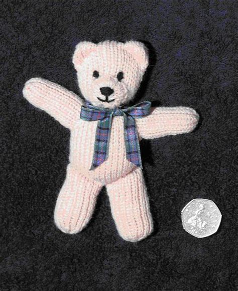 knitted teddy patterns uk 1000 ideas about teddy patterns on
