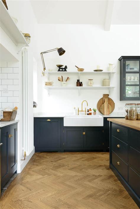 White Cabinets With Dark Floors by The 25 Best Navy Blue Kitchens Ideas On Pinterest Navy