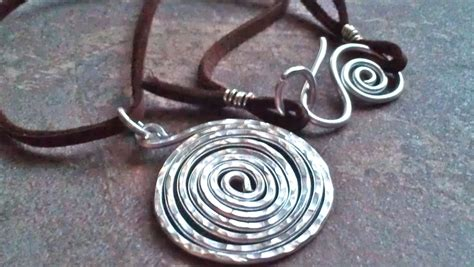 how to make hammered jewelry silver spiral hammered necklace aluminum by 74thandavalon
