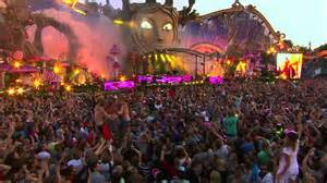 festival in tomorrowland voted world s best festival 2013 2014 epic