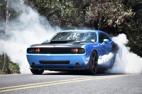 Car Burnout Wallpaper by 11 Awesome Hd Car Burnout Wallpapers Hdwallsource