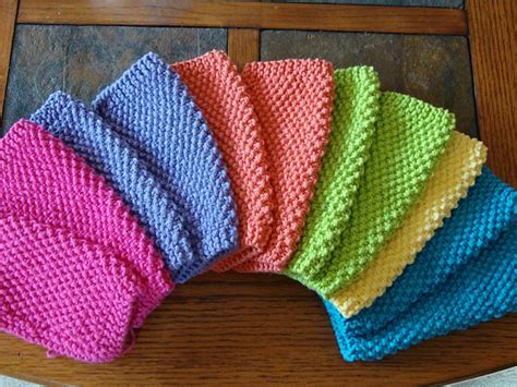 easy knitting dishcloth patterns for beginners simple seed stitch dishcloths i make these all the time