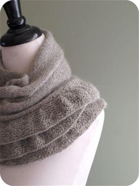 ruffle scarf knitting pattern knitted ruffle scarf pattern free knitting and crochet