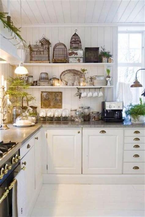 white kitchen decor 35 cozy and chic farmhouse kitchen d 233 cor ideas digsdigs