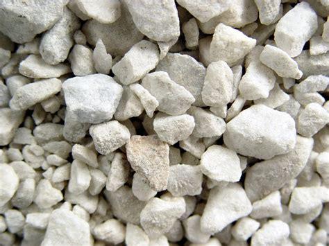 white garden rocks marvelous types of landscaping rocks 14 different types