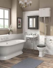 traditional bathroom furniture best 25 traditional bathroom ideas on subway