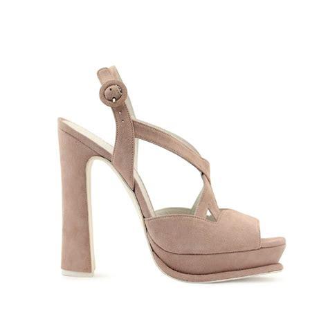 zapatos nude novia los zapatos de novia a la carta que marcan tendencia foto