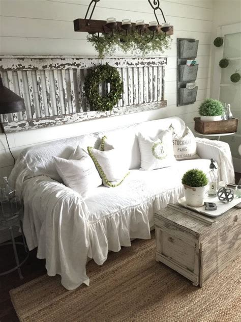 shabby chic sofa slipcovers 25 best ideas about slip covers on