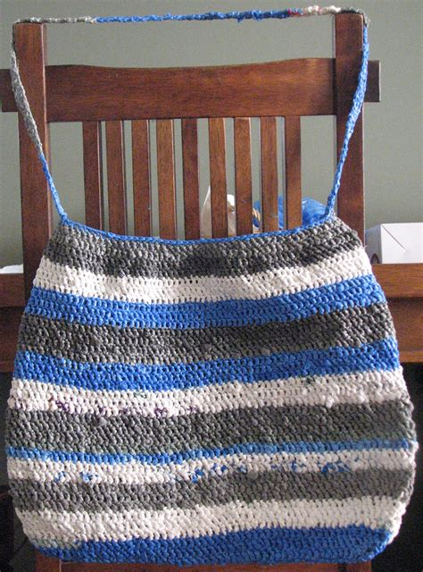 how to knit plastic bags how to reuse plastic bags make plarn to knit or crochet