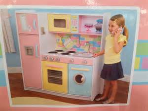kid craft discount pricing on kidkraft deluxe kitchen costco deals