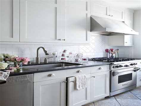 white shaker style cabinet doors white kitchen cabinets handles white shaker kitchen