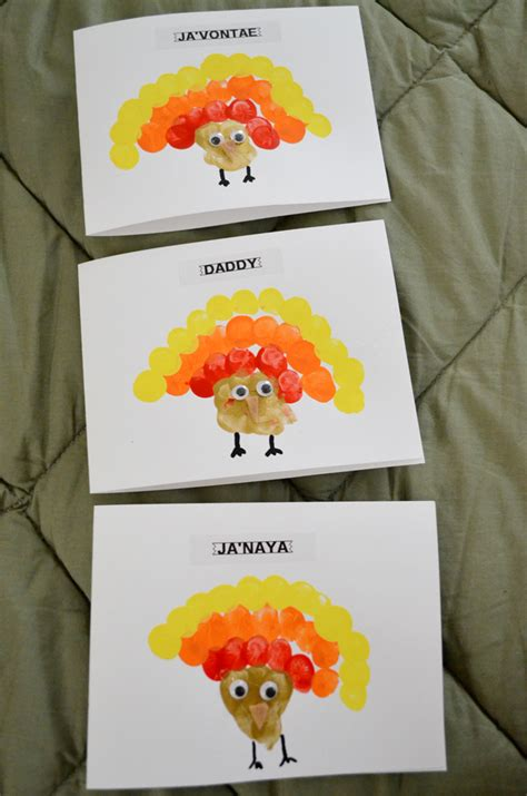 make thanksgiving cards crafty thanksgiving make thumbprint turkey cards