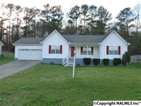 single family home 5956 cherrywood dr guntersville horton auction real estate