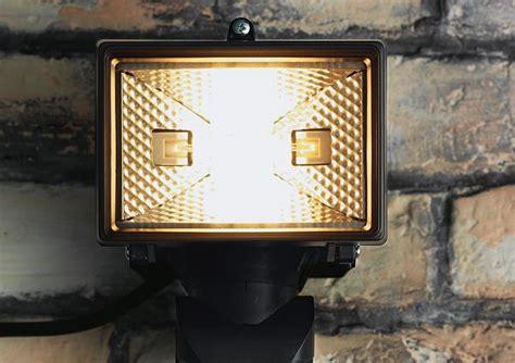 solar outdoor security lighting outdoor lighting garden lighting solar lights diy at b q