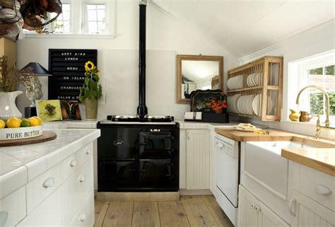 farmhouse kitchen design pictures 40 elements to utilize when creating a farmhouse kitchen